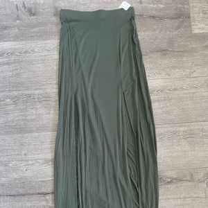 NWT maxi skirt with side slits